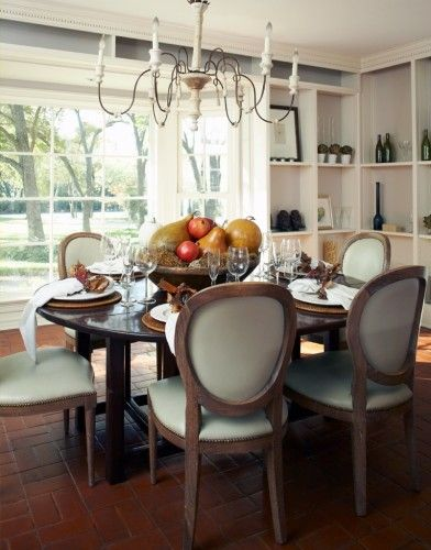 My Houzz Reinvented Ranch Style Home In Dallas Dining Room Inspiration Apartment Dining Room Traditional Dining Room