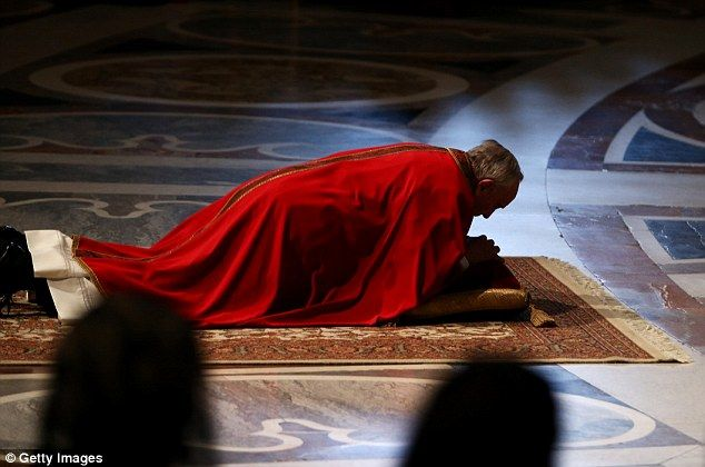 The Grounded Pontiff Pope Francis Pictured Lying On The Floor In Prayer During Good Friday Service In Saint Peter S Basilica Pope Francis Catholic Popes St Peters Basilica