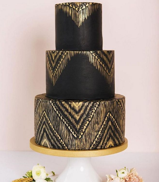 The Coolest Wedding Cakes On Instagram