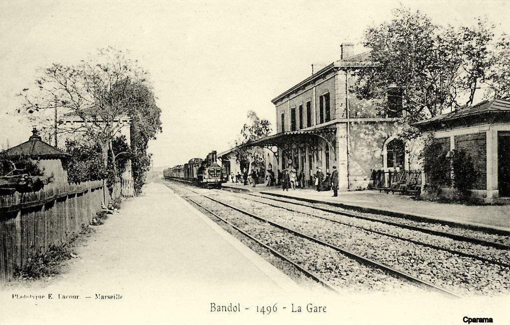 Bandol Sur Mer 83 Var Cartes Postales Anciennes Sur Cparama