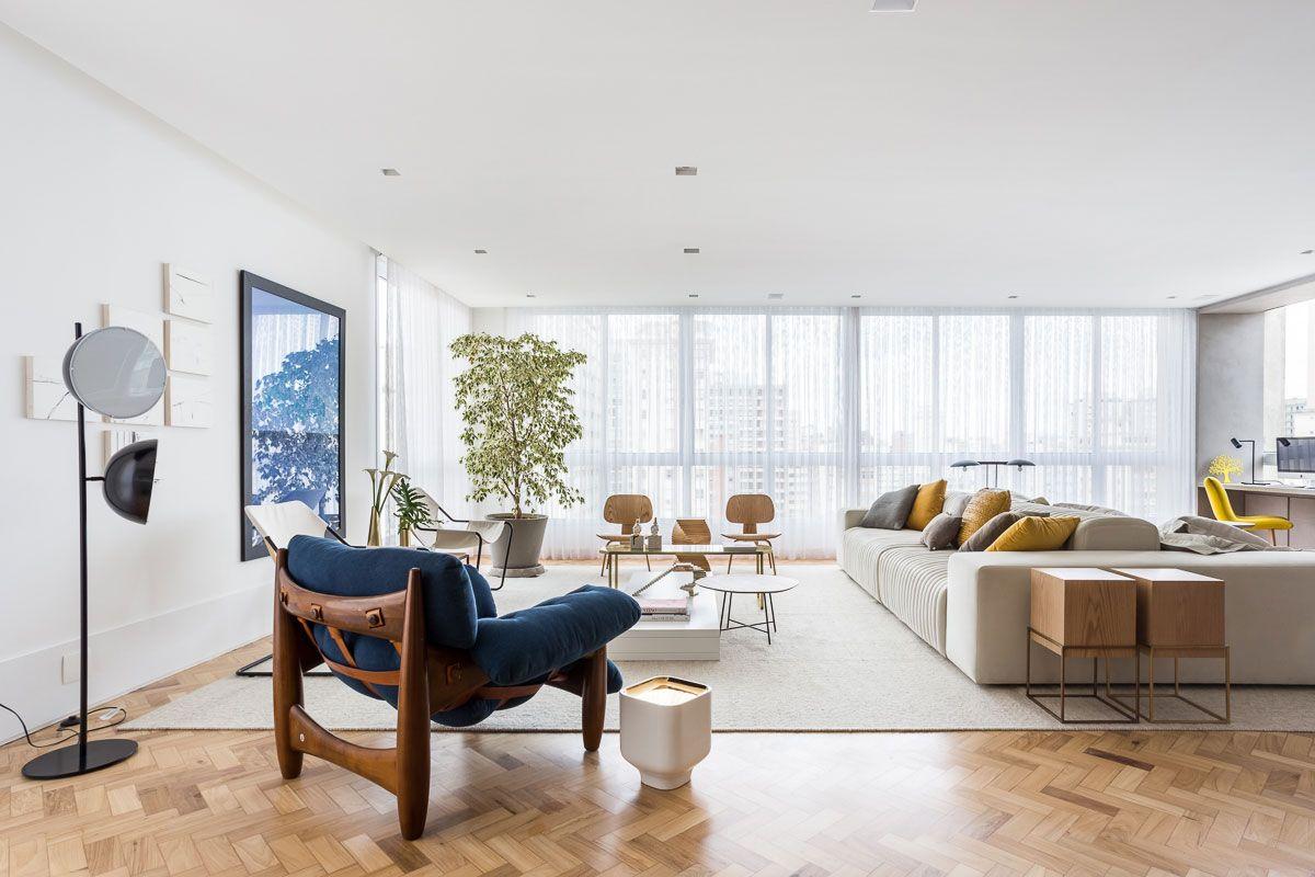 Apartamento Bfd 2016 Sof Branco Cadeiras Amarelas E Decora O  -> Decoracao De Sala De Tv Com Sofa Azul