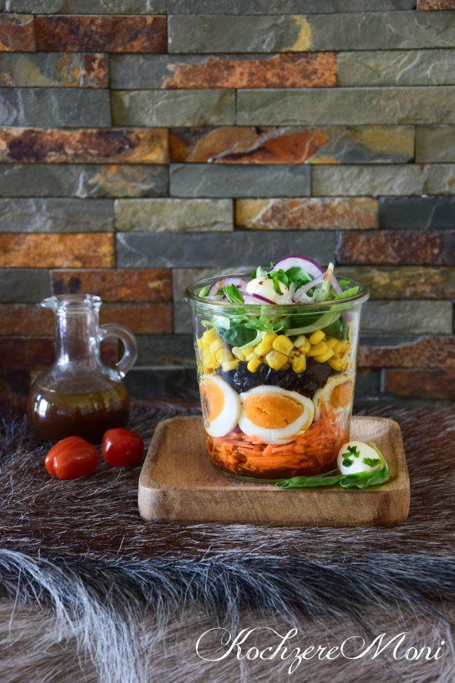 salat im glas feldsalat mit pflaumendressing salatmix. Black Bedroom Furniture Sets. Home Design Ideas