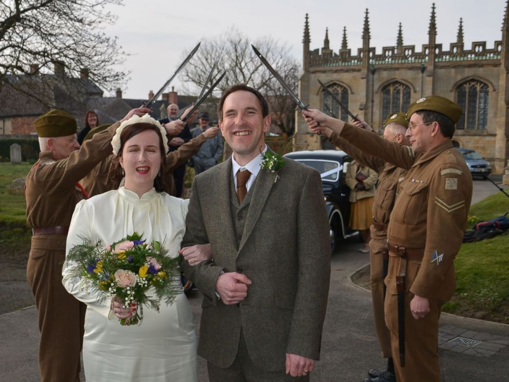 Check Out Photos From British S 1940s Themed Wedding