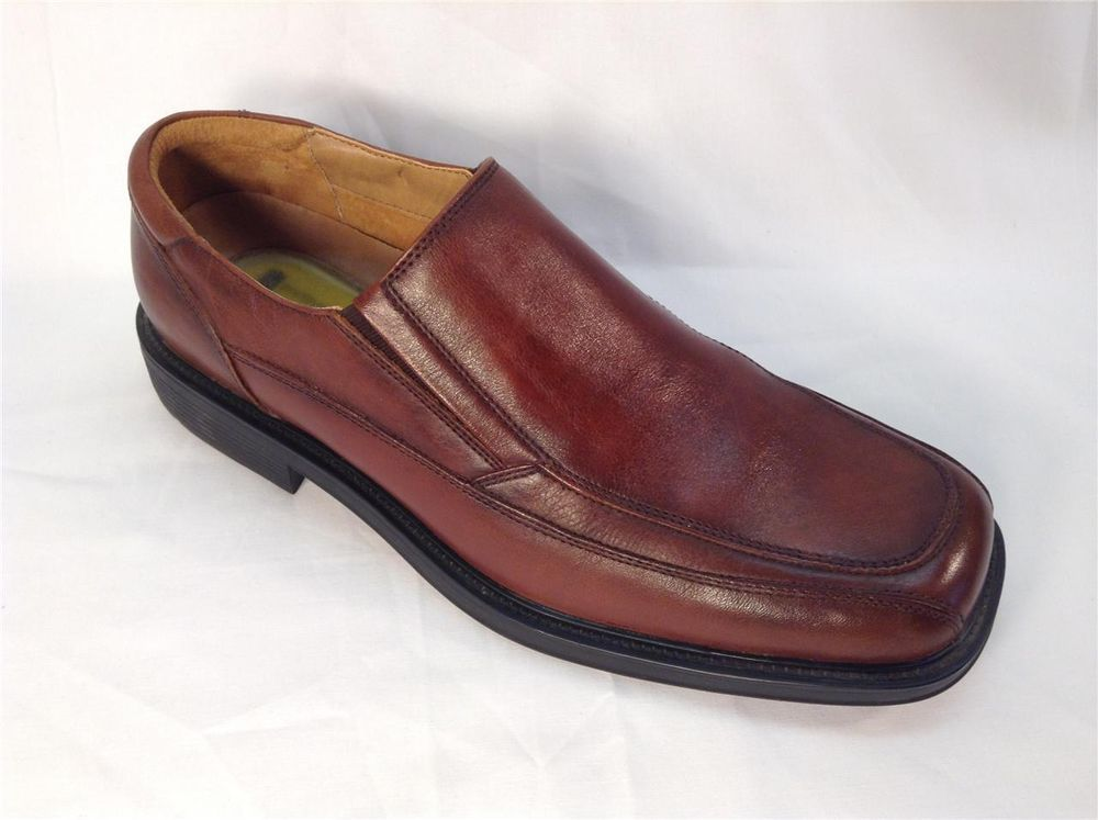 Dockers men prostyle.shoes leather slip on loafers size 8.5m all motion comfort