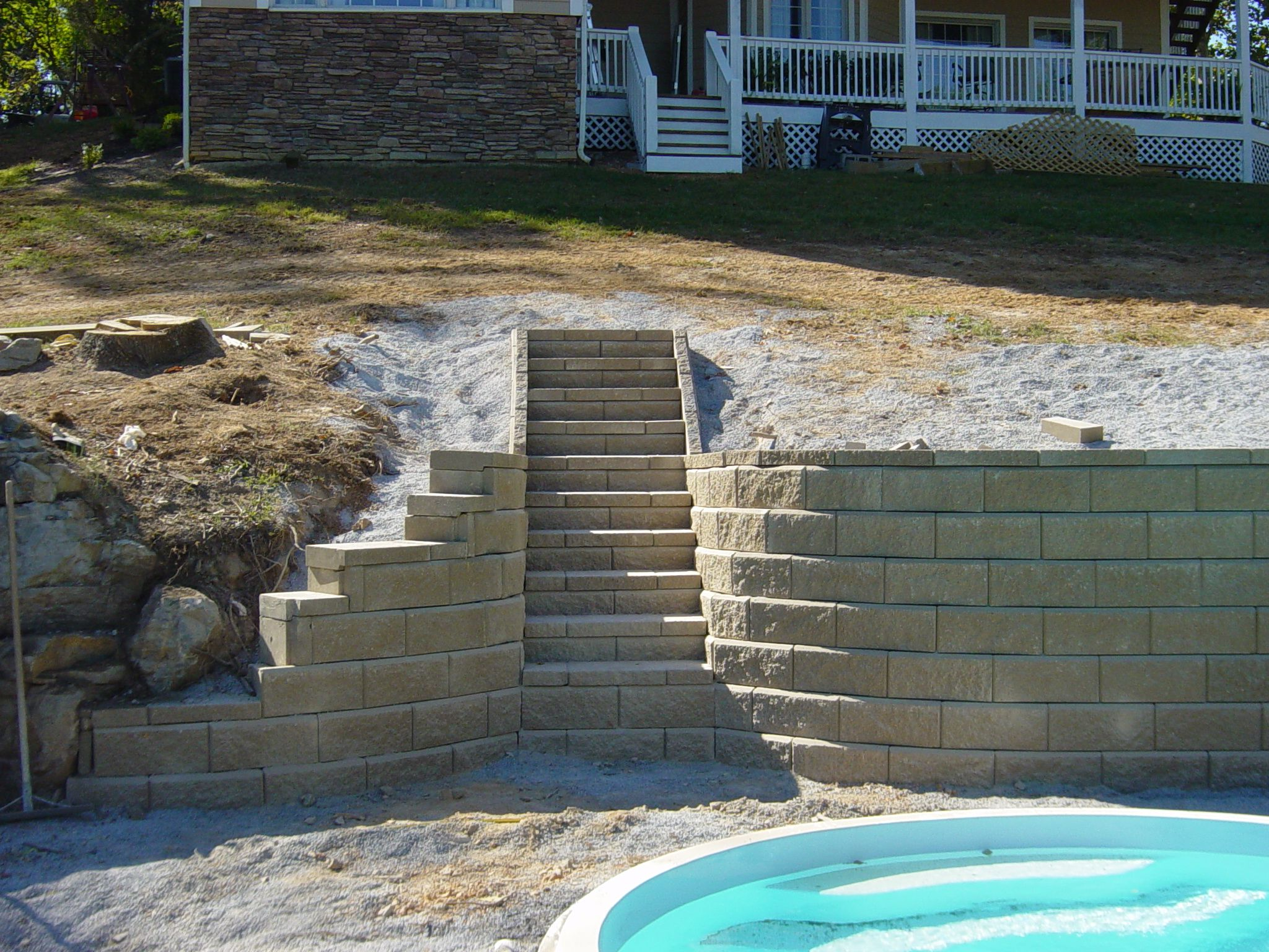 Stained Concrete Block Walls Cantilever Stacked Retaining Wall With Long