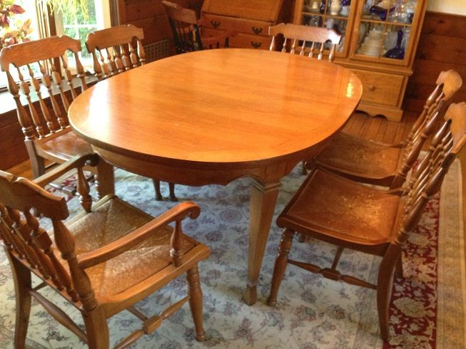 Estate Sale Dining Room Furniture Brilliant Oak Dining Room Table And Chairs  Canary Hyannis Estate Sale Inspiration