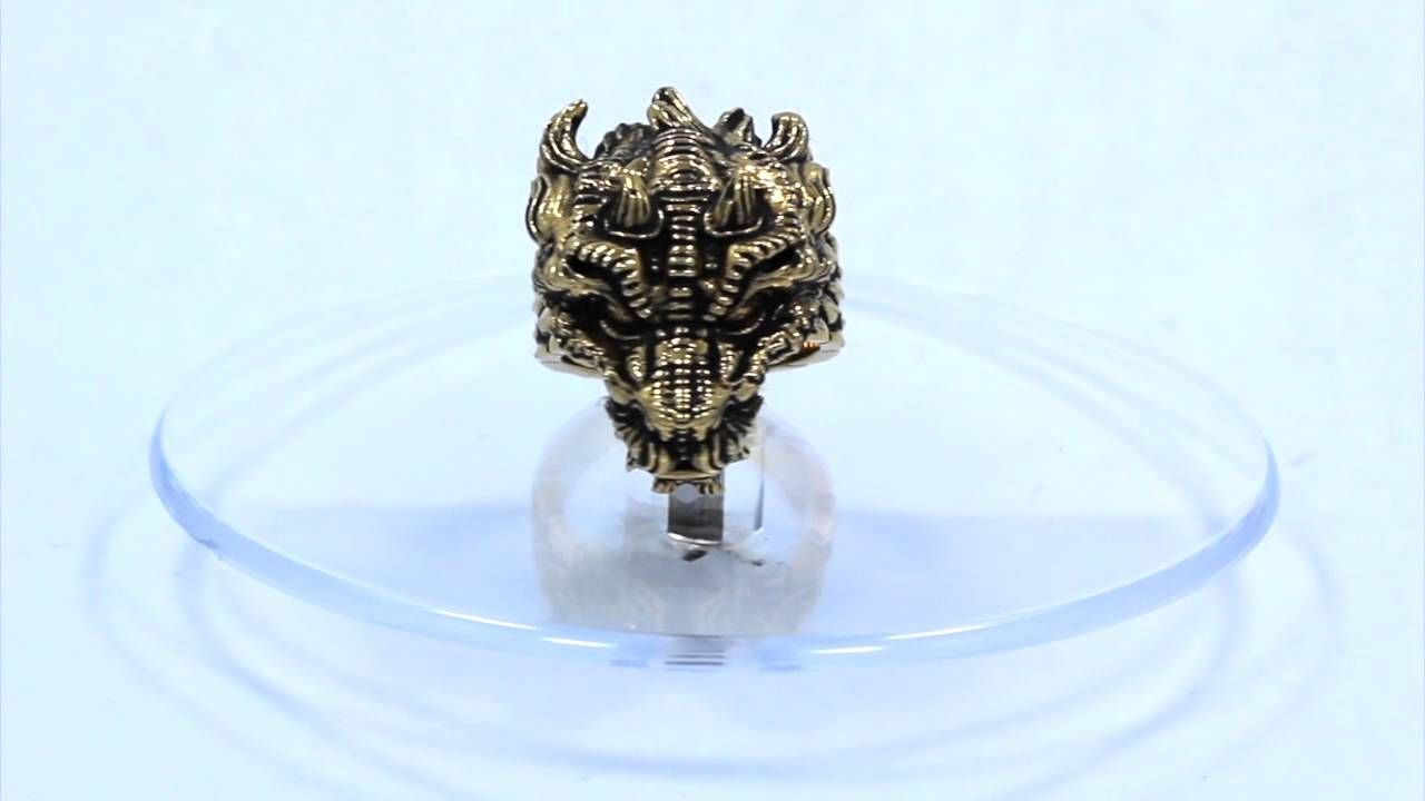 The New Dragon Ring Available right here http://hancholo.com/products/dragon-ring-precious-metals Han Cholo x Badass Jewelry for Badass People #hancholo #han #cholo #jewelry #customjewelry #customring #customrings #rings #ring #sterlingsilver #silver #sterling #dragon #dragonring #oldschool #vermeilring #goldring #dragons #dragonjewelry #dragonrings #GoldDragon