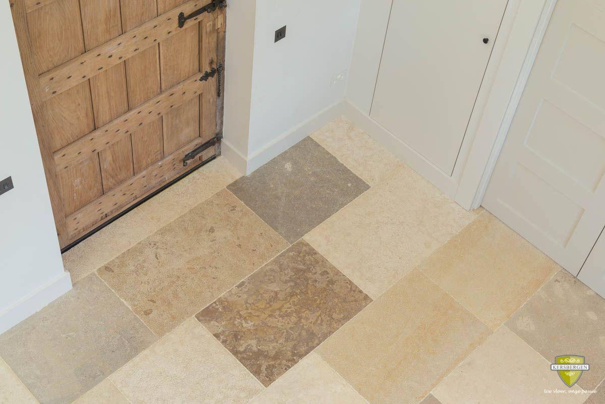 Bourgondische dallen vloer | French limestone flooring | Kersbergen.nl