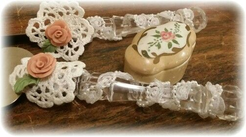 Vintage Doily Wedding Cake cutters