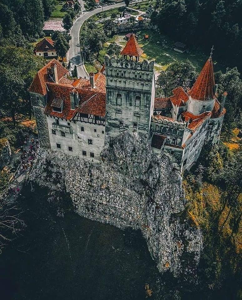 Dracula castle #castles