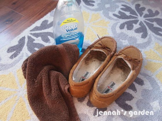 Can You Wash Suede Shoes With Soap And Water Cleaning The Inside Of Fleece Lined Shoes Or Slippers Jennah S Garden How To Wash Shoes Slippers Clean Shoes