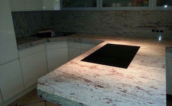 Arbeitsplatte material  Aufmaß, Lieferung und Montage von der Granit Arbeitsplatte ...