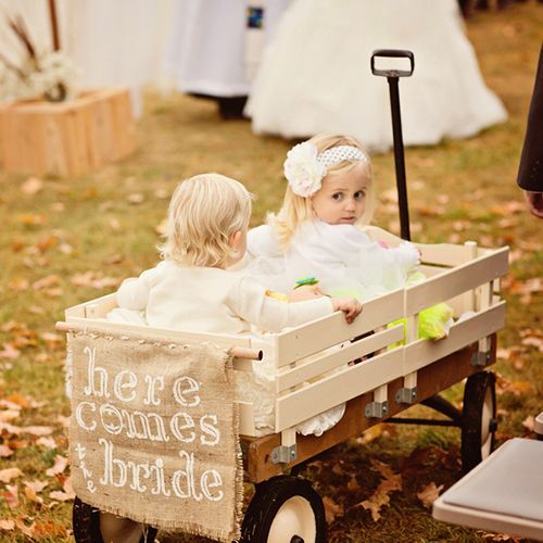 It Would Be So Fun To Decorate An Old Wagon For The Flower Girls I Can Think Of Two Adorable Girls That Wil Wagon For Wedding Burlap Wedding Flower Girl Wagon