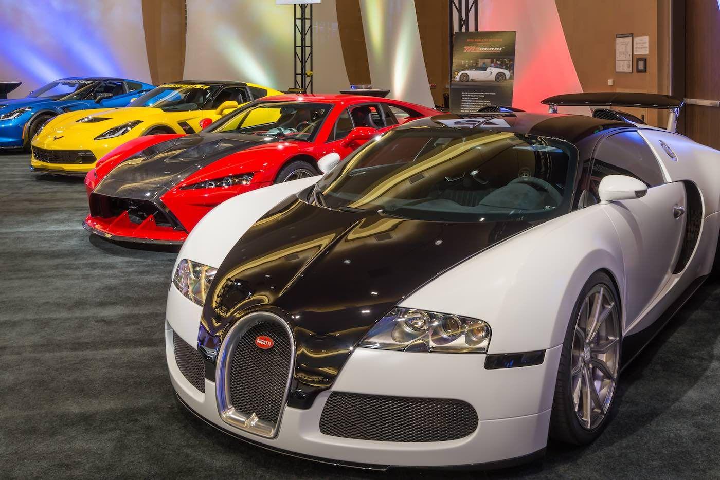 Cuales Son Los Autos Mas Caros Del Mundo In 2020 Bugatti Veyron Flannel Throw Veyron
