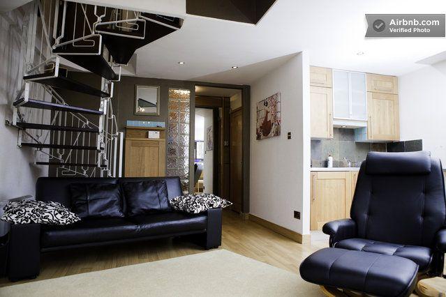 City Centre Old Town Apartment in Edinburgh