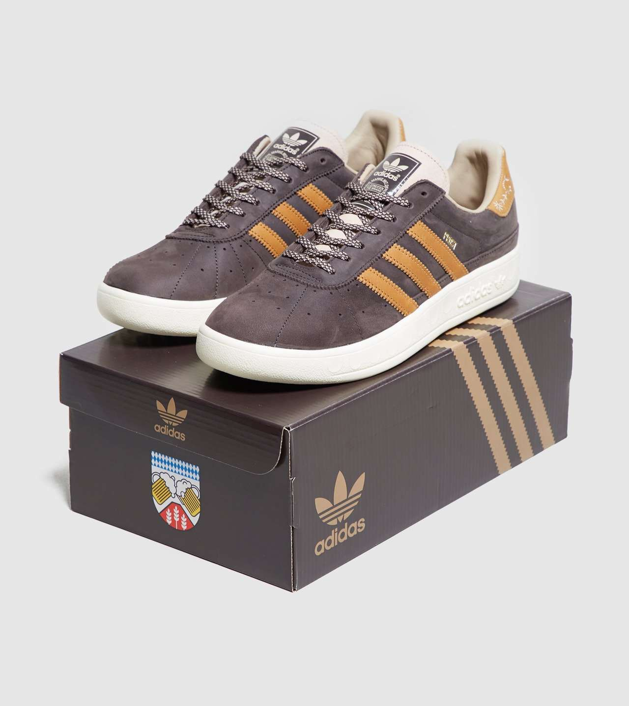 buy online bc609 b74e9 adidas Originals Munchen Made In Germany  Oktoberfest