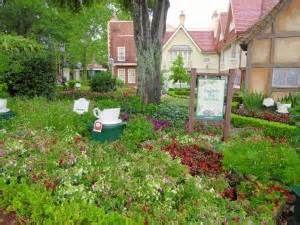 united kingdom pavilion garden epcot - Bing Images