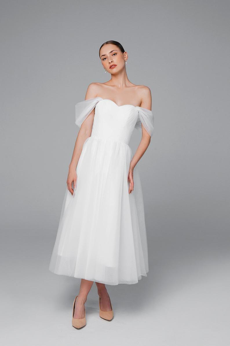 Tulle Midi Wedding Dress Short Wedding Dress 50s Wedding Dress Simple Wedding Dress Bridal Gown Mistique Midi Midi Wedding Dress Short Wedding Dress Short Bridal Dress [ 1191 x 794 Pixel ]