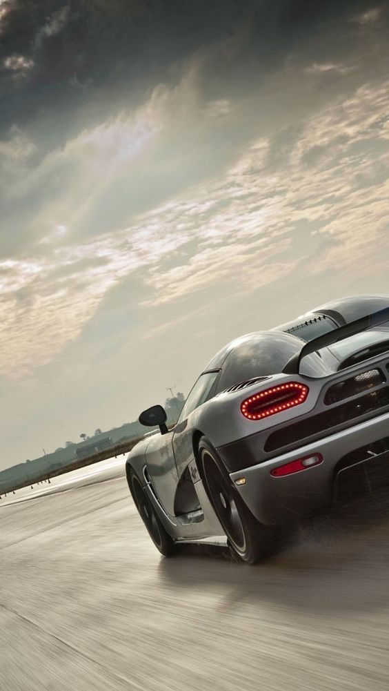 Download Free Android Wallpaper Car in 2020 | Koenigsegg ...