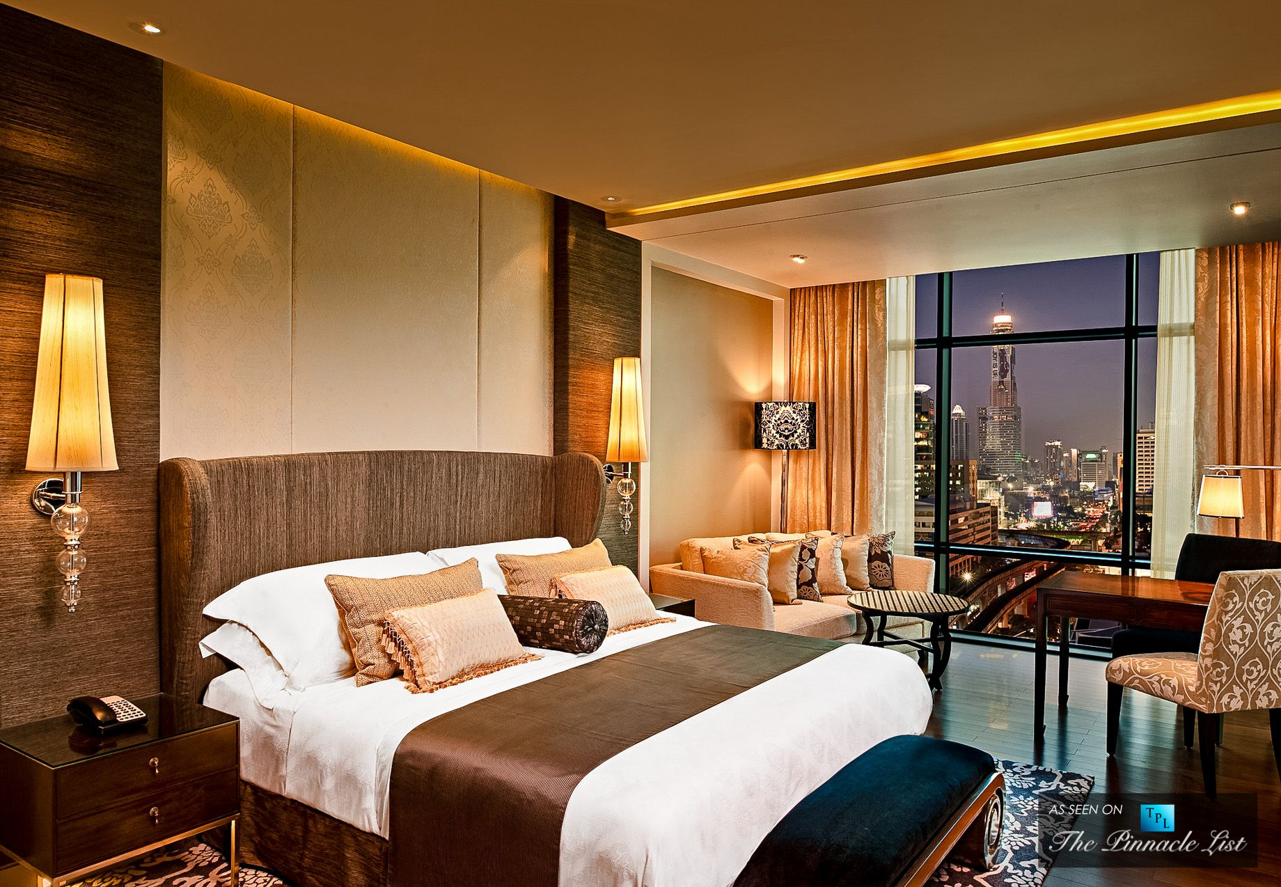 St regis luxury hotel bangkok thailand grand deluxe for 5 star bedroom designs