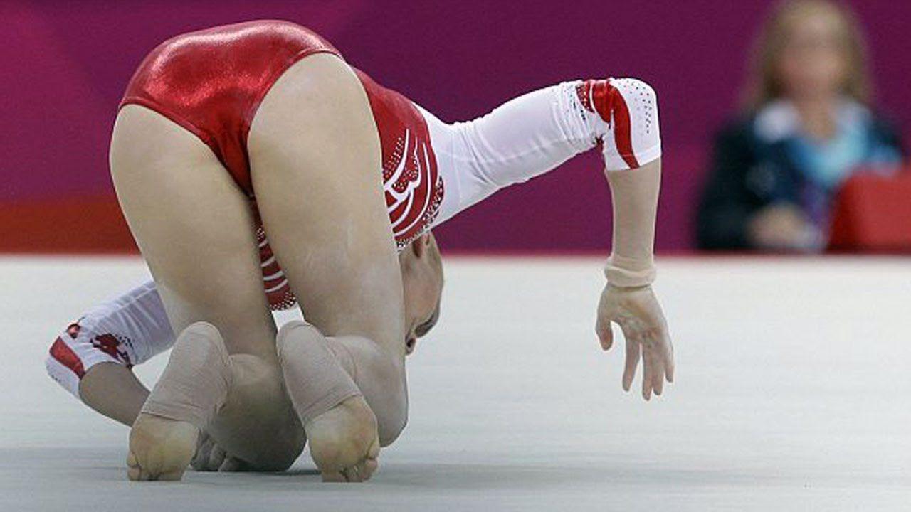 в белых трусиках худ гимнастика