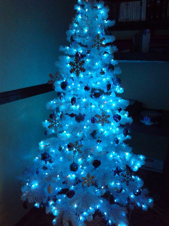 my daddy loved a white christmas tree with all blue lights and ornaments - White Christmas Tree Blue Lights