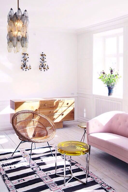 Love this chair! And table.