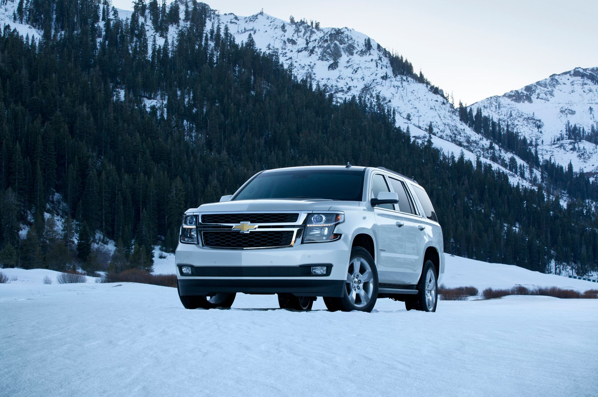 2015 2016 Trucks Suvs And Vans The Ultimate Buyer S Guide Chevy Tahoe Chevrolet Tahoe Chevrolet