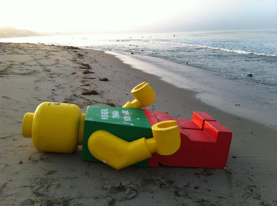 8-Foot-Tall Lego Man Washes Up on Topanga Beach; No One Gives a Damn ...