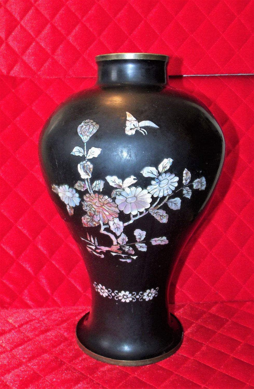 Large black lacquer on brass vase abalone mother of pearl large black lacquer on brass vase abalone mother of pearl inlay 14 reviewsmspy