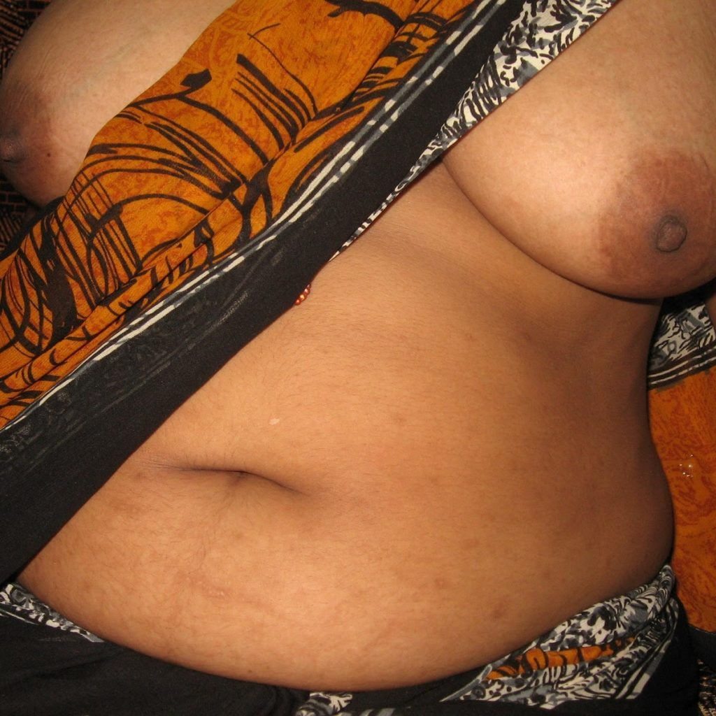 Desi aunty sexy blouse pics aunty sex pics blouse sexy aunty new