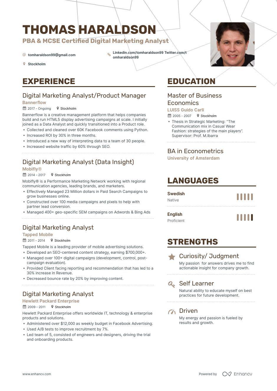 TOP Digital Marketing Analyst Resume Examples & Samples