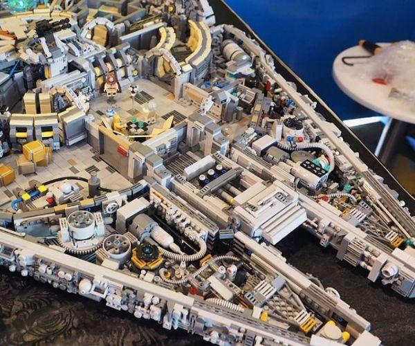 LEGO Star Wars Millennium Falcon | Lego models, Lego star wars and ...