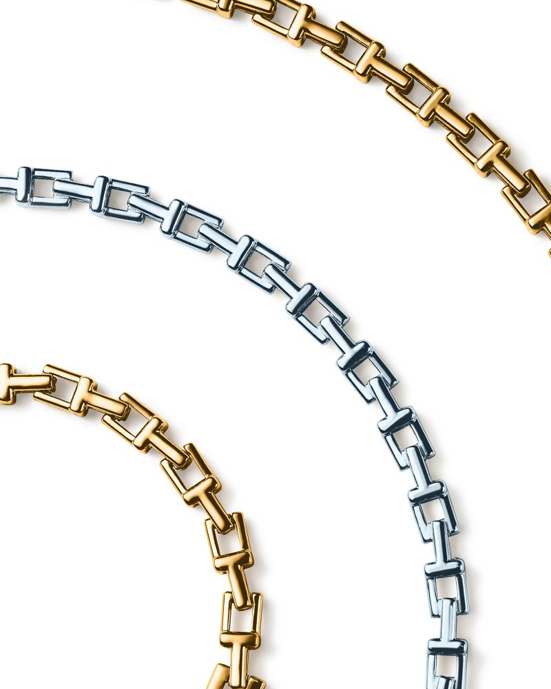 9299b13f58f20 Tiffany T chain bracelets and necklaces in 18k gold and sterling silver.  #TiffanyPinterest #TiffanyT