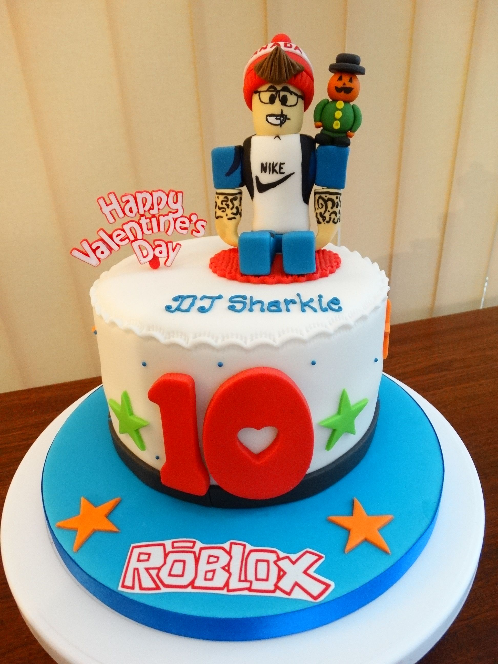 Roblox Cake Xmcx With Images Roblox Birthday Cake Birthday