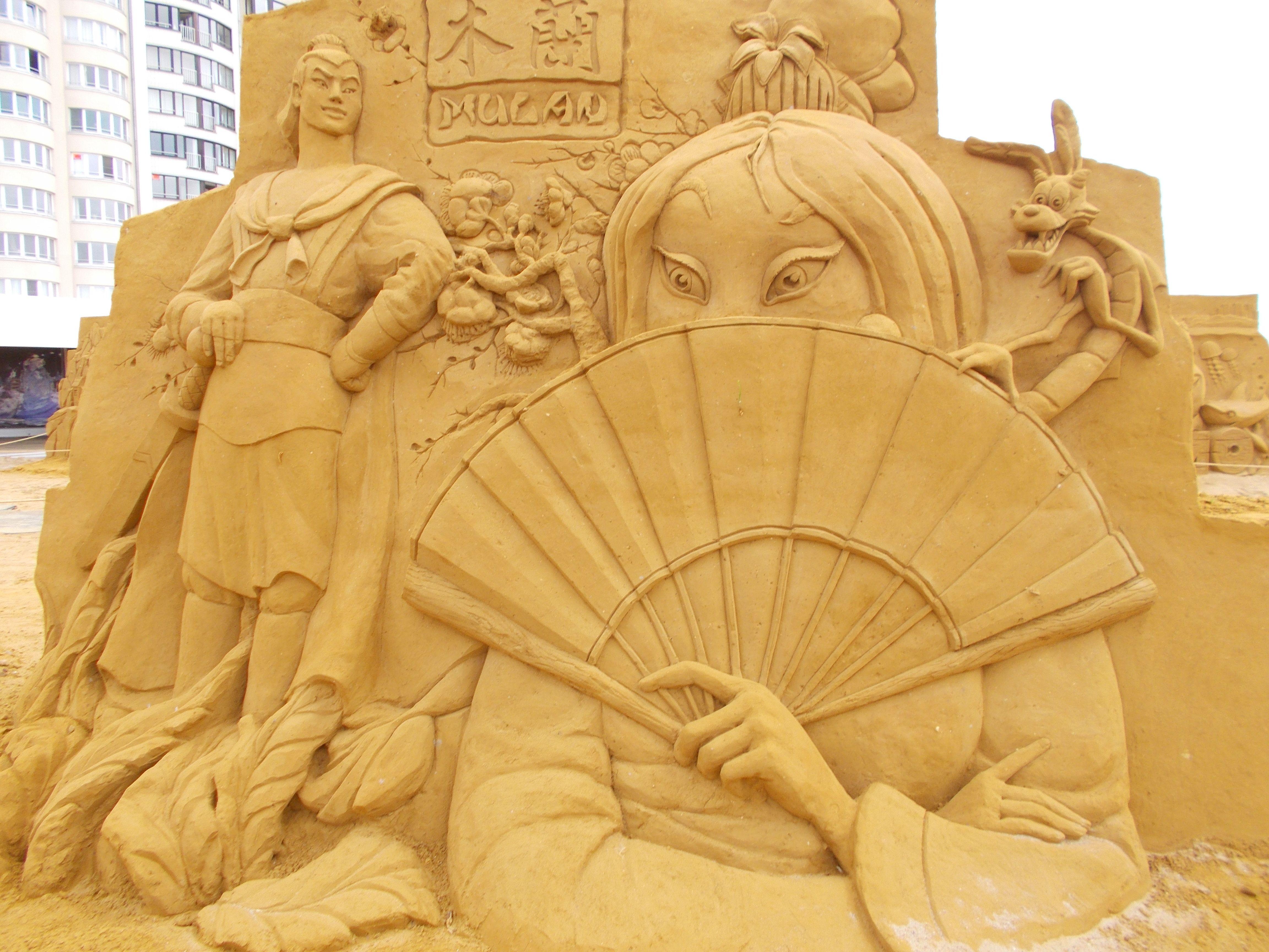 Sculpture sand-art .-Oostende 2014.-