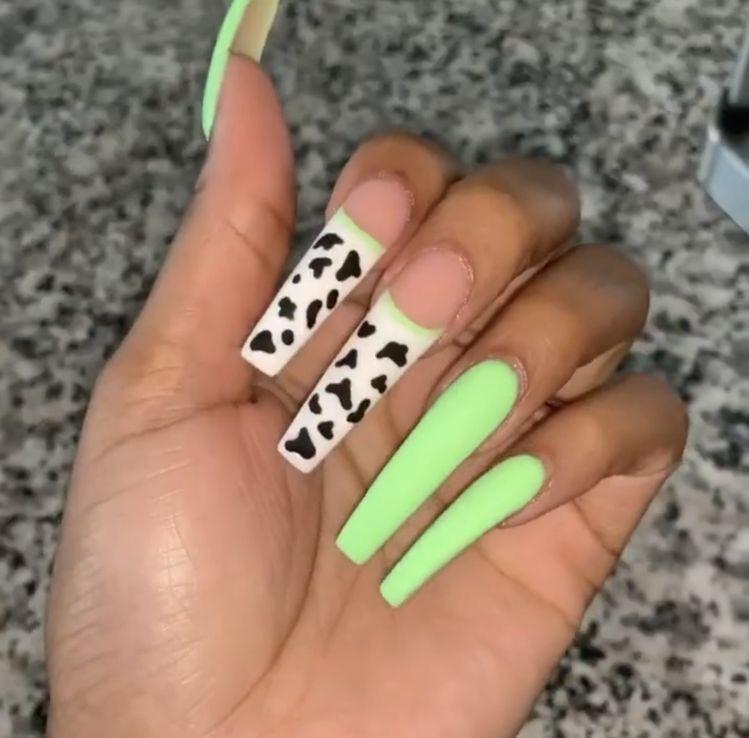 Untitled In 2020 Green Nails Acrylic Nails Green Acrylic Nails