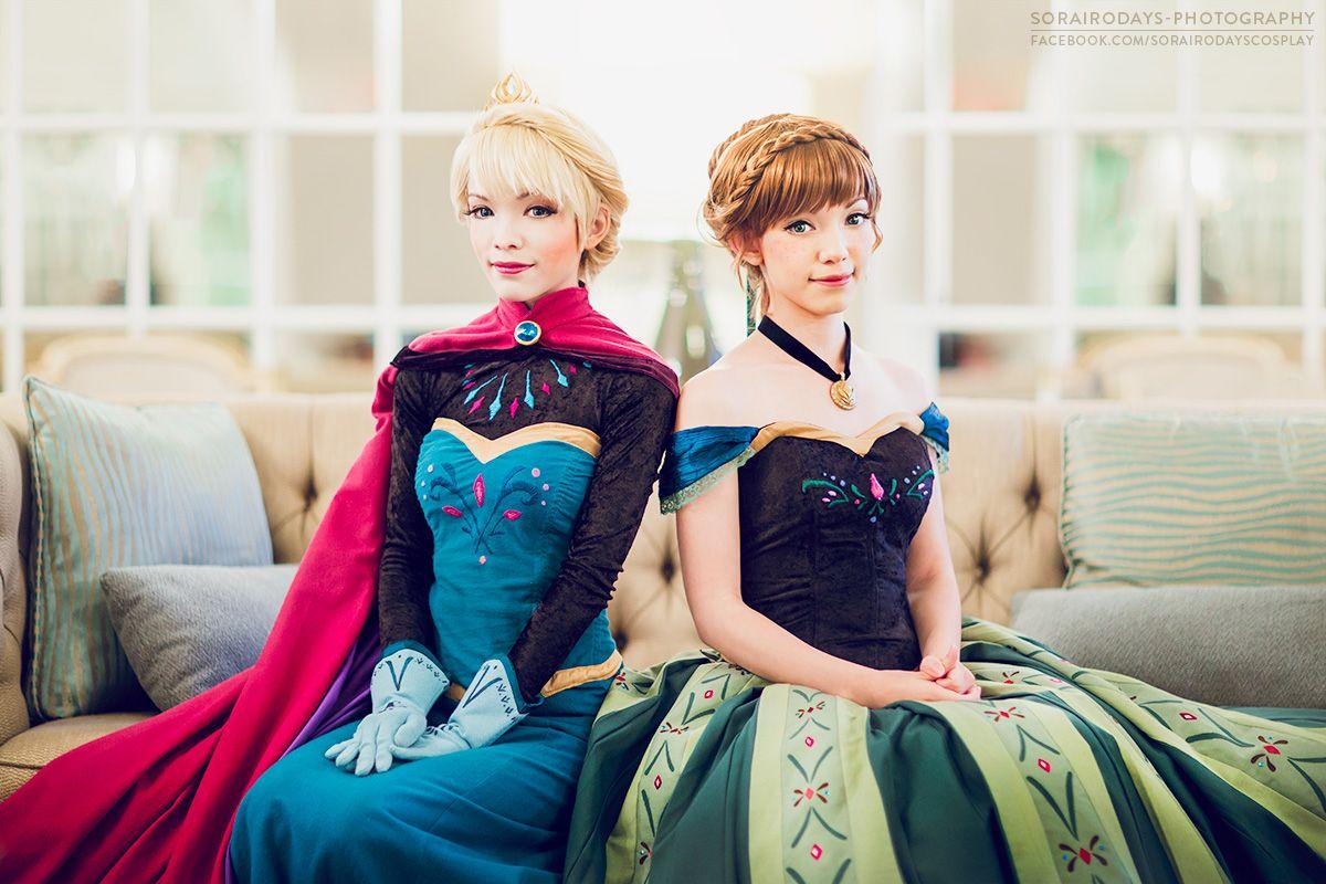 Elsa And Anna Coronation