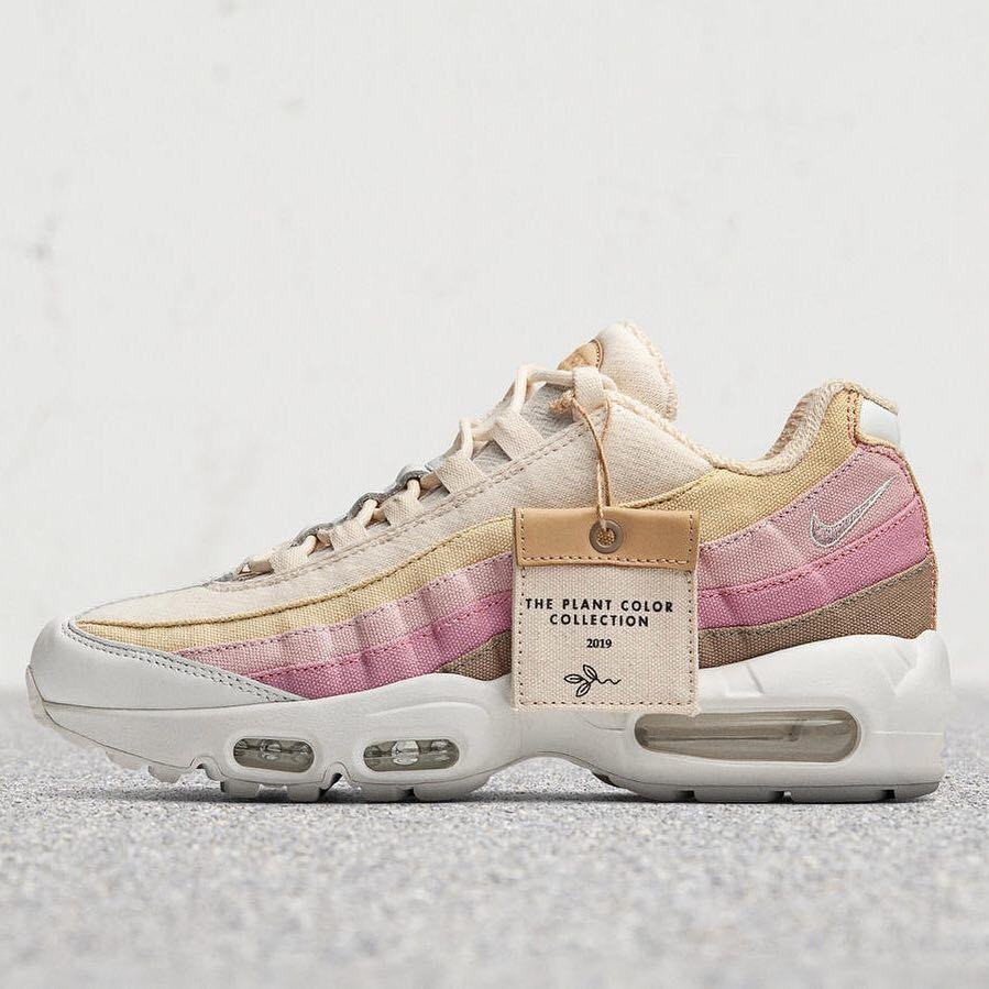 "Nike Women's Air Max 1 ""Barely Rose"" – Sneaker News"