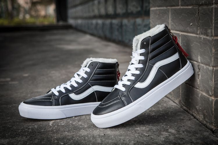 53293c1e5732e1 Vans SK8-Hi Black Leather Fleece Back Zip Winter Skate Shoes