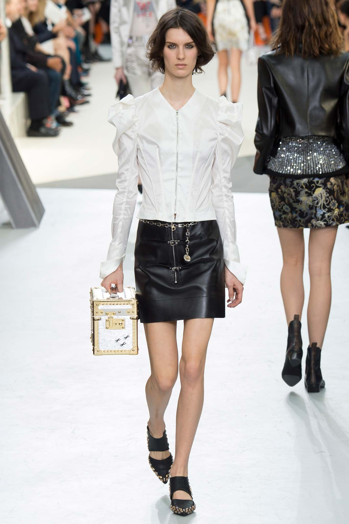 Louis Vuitton - Fall 2015 Ready-to-Wear