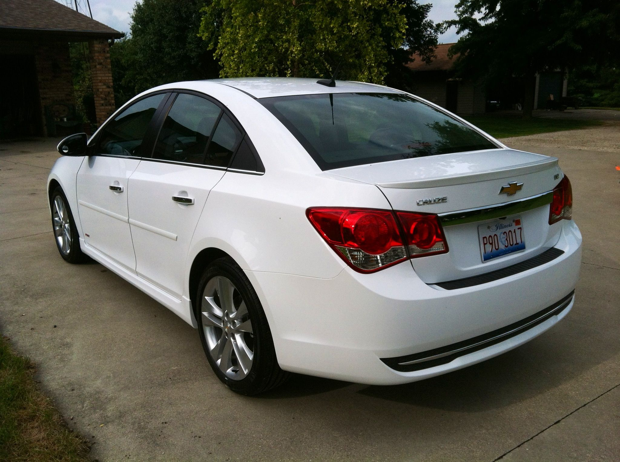 2013 chevy cruze ltz rs cars pinterest chevy chevrolet cruze and cars. Black Bedroom Furniture Sets. Home Design Ideas