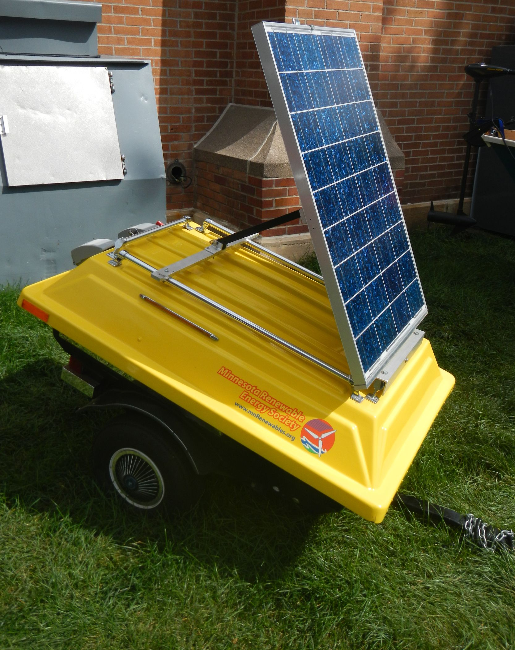 Towable portable solar generator