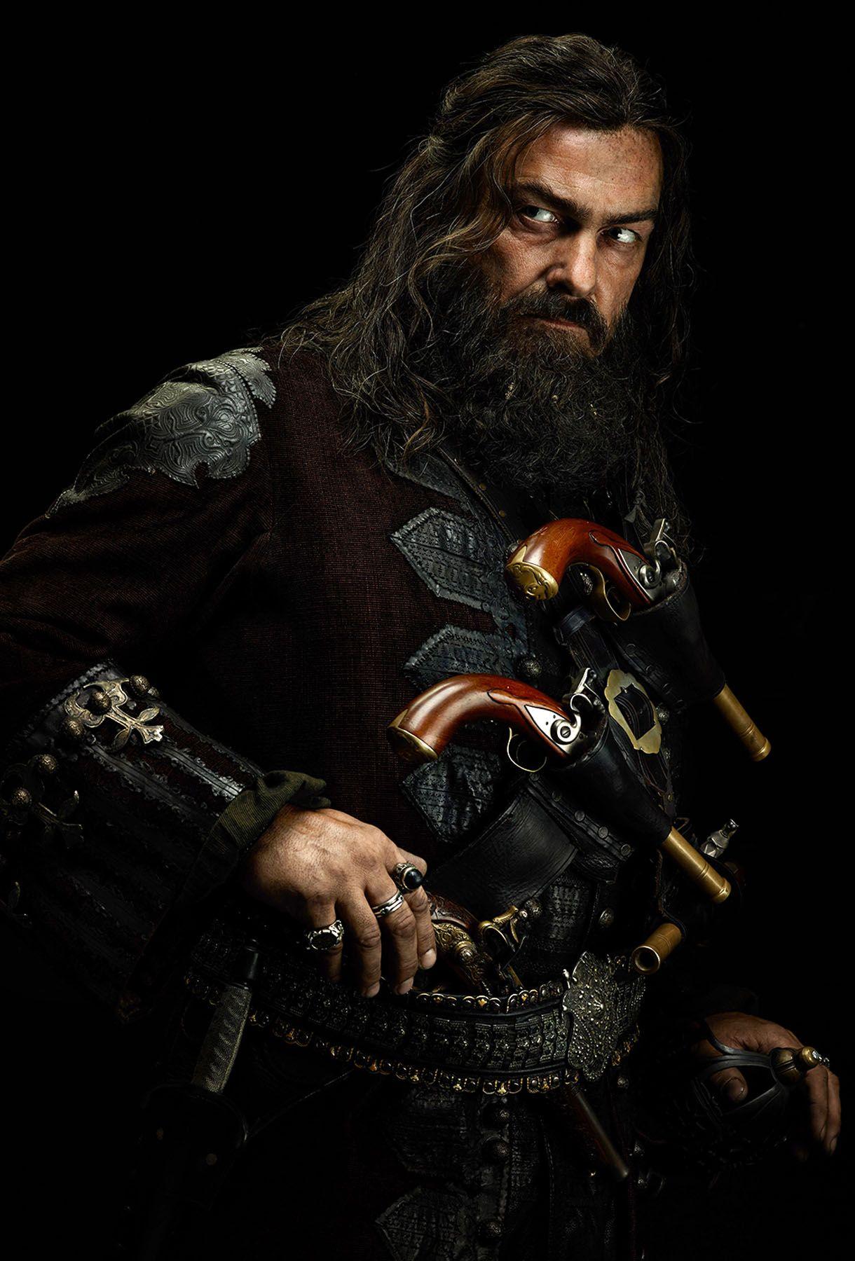 Black sails s3 pirate captain flint leather coat - Black Sails