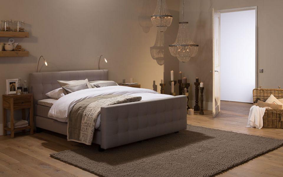 Boxspring cambridge slaapkamer romantisch beige goossens wonen slapen landelijk - Romantische slaapkamer ...