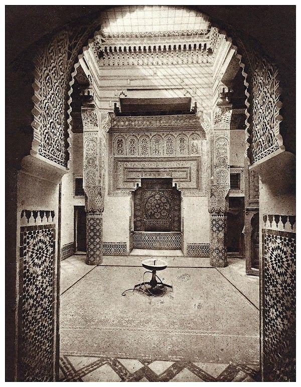 Le Jardin Et La Maison Arabes Au Maroc De Jean Gallotti Vasque Et Fontaine Sous Loggia Page 7