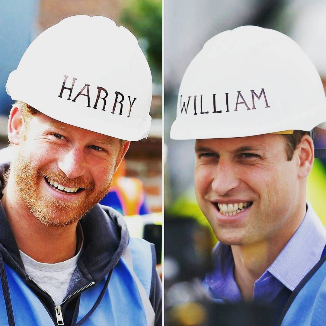 Princes William and Harry lend a hand to the #diysos team, as they join volunteer tradespeople to add the final touches to houses and a support centre for veterans in #Manchester.  Both Princes are committed to drawing attention to the ongoing challenges facing service personnel making the transition to civilian life.  Photos ©Press Association