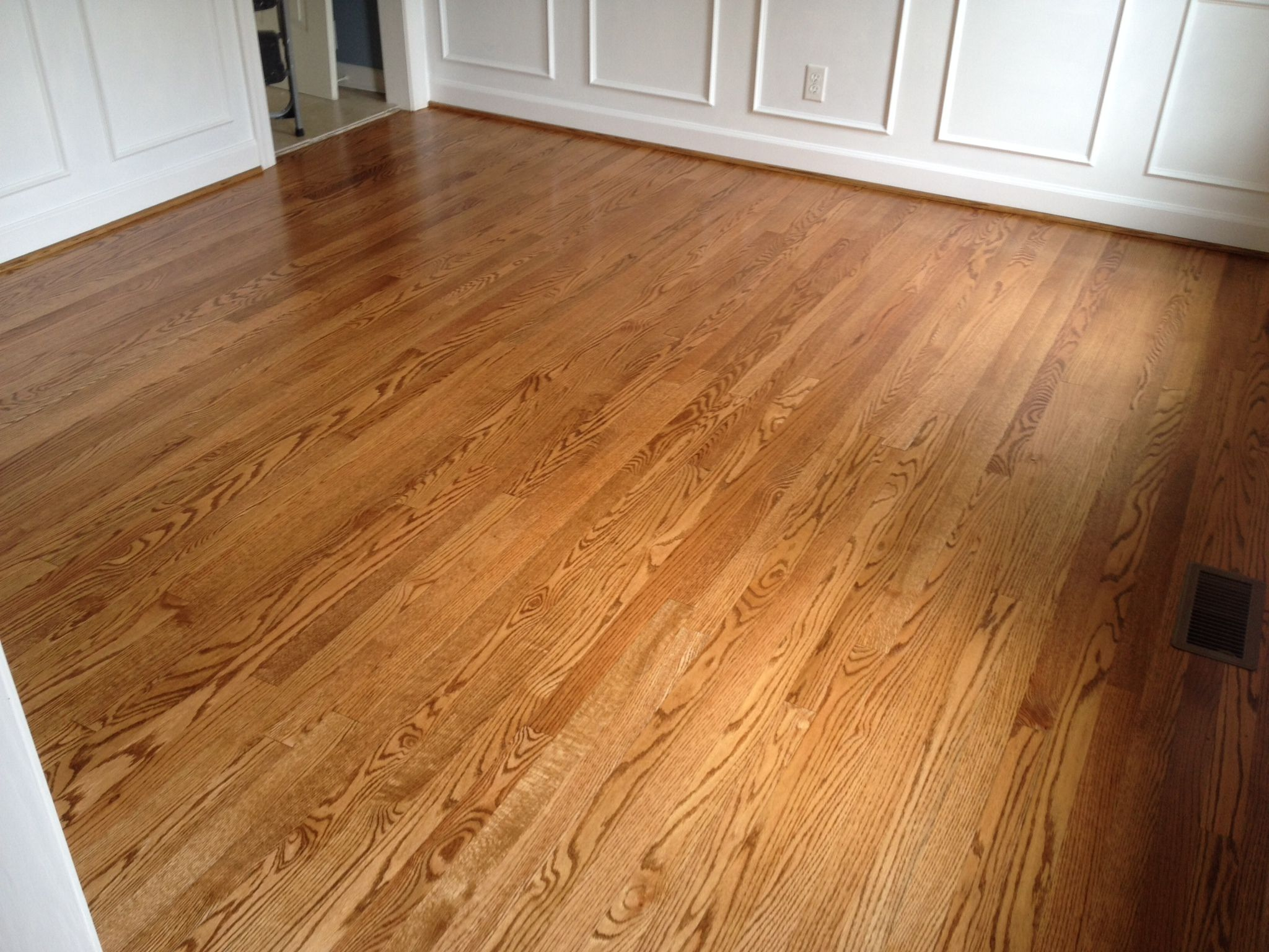 Refinished Select And Better 2 1 4 Red Oak Flooring Finished On Site With 1 Coat Stain 2 Coats Semi Gloss Red Oak Floors Flooring Hardwood Floor Stain Colors