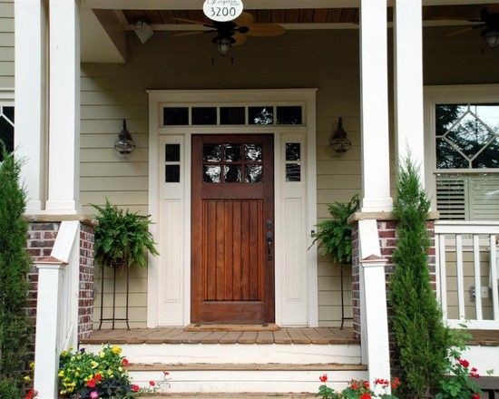 Arts craftsman bungalow design pictures remodel for Traditional main door design