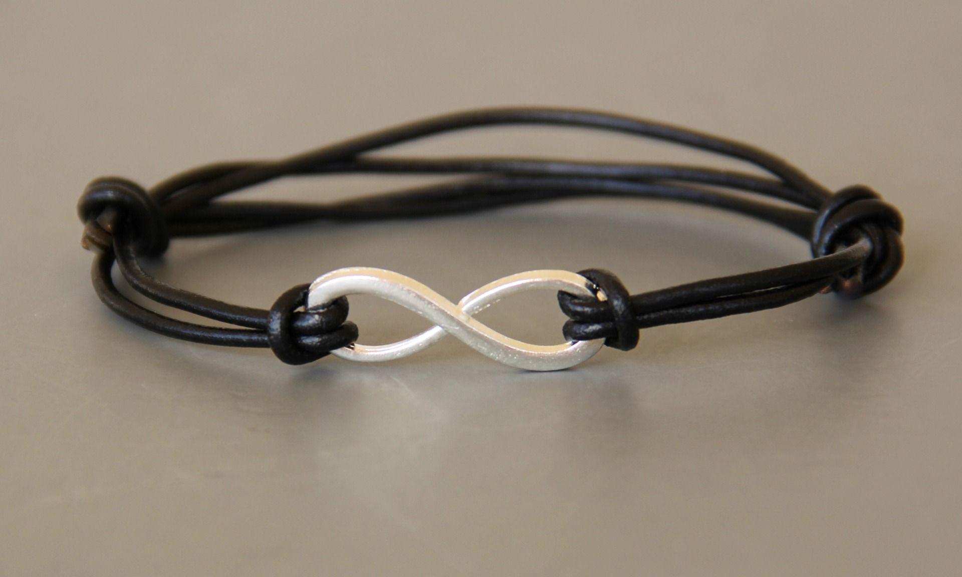 bracelet homme infini cordon id e cadeau bijoux pour hommes par made with love in aiacciu. Black Bedroom Furniture Sets. Home Design Ideas